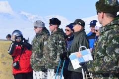 Lapin-Lennoston-komentaja-ja-veteraaneja-Kilpisjärvellä-veteraanipäivänä-2015