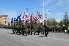 Lippulinna-Puolustusvoimien-lippujuhlapäivän-paraati-Oulussa-2015