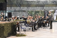 Lapin-sotilassoittokunta-viihdytti-yleisöä